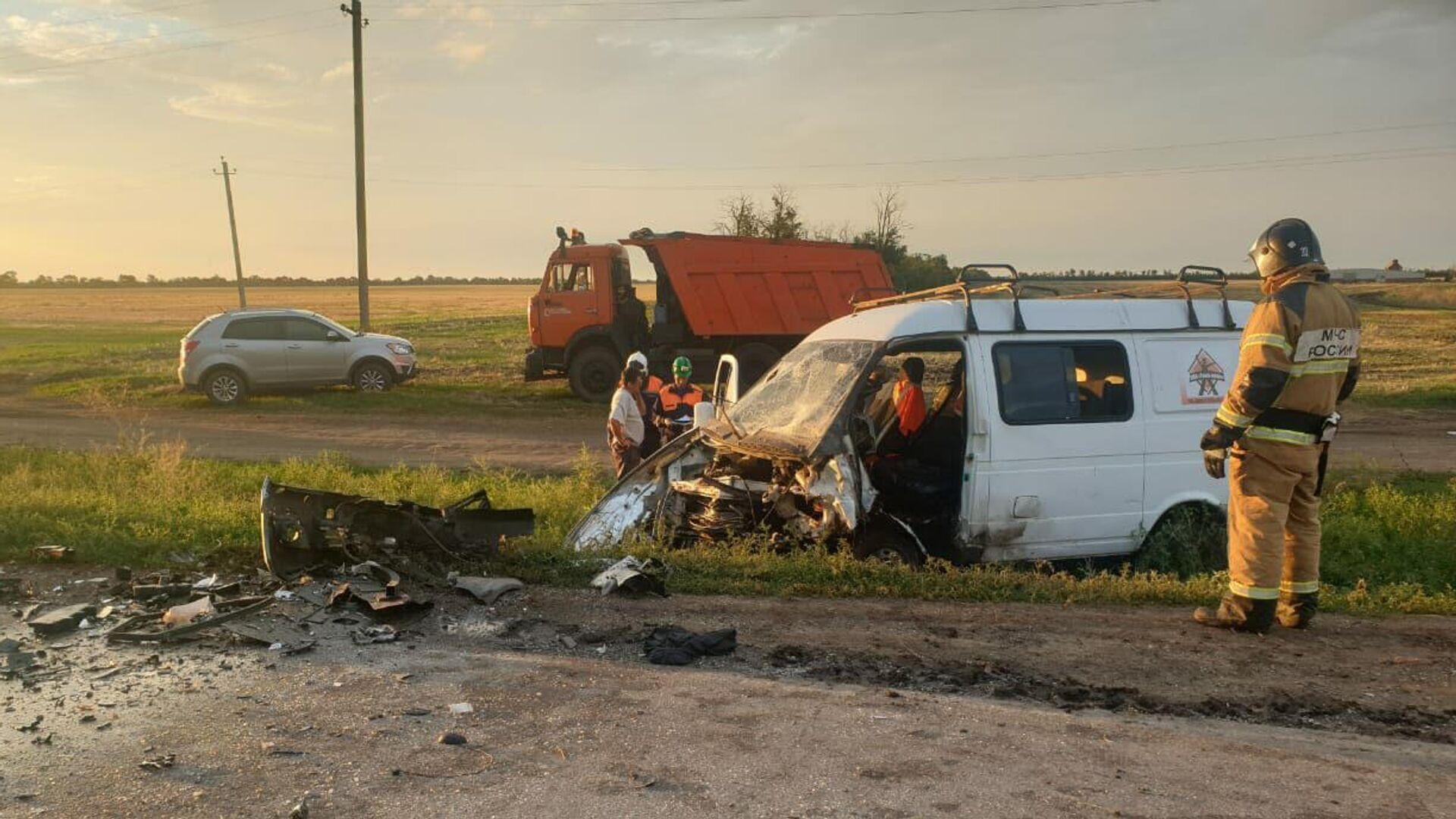 В Ростовской области женщина погибла в ДТП с микроавтобусом