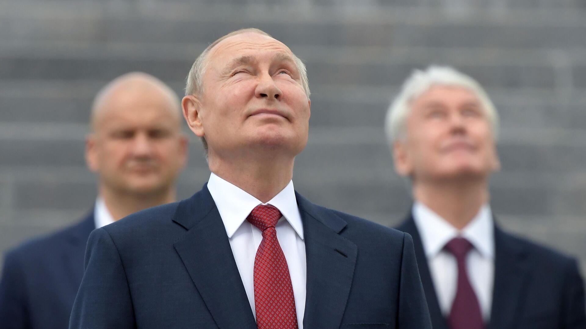 Путин проведет оперативное совещание с членами СБ