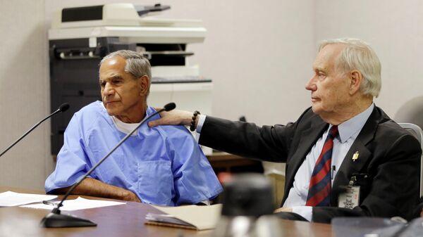 Серхан Серхан и его адвокат Уильям Пеппер во время слушания дела об условно-досрочном освобождении в 2016 году