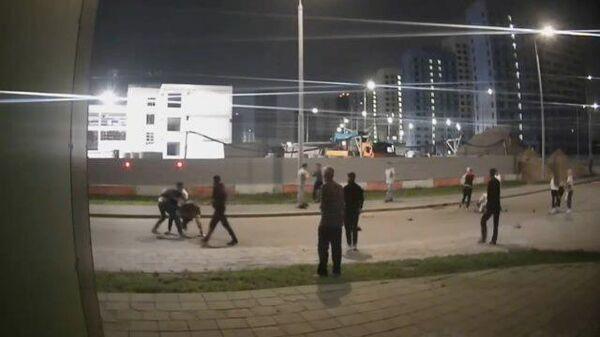 Массовая драка возле стройки на улице Маресьева в Москве