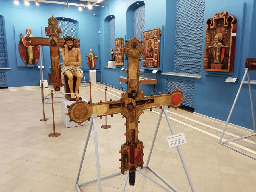 Романовский музей, выставка Иконы на рези