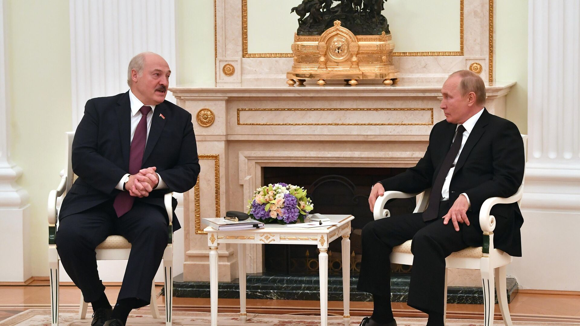Путин не исключил создания союзного парламента России и Белоруссии