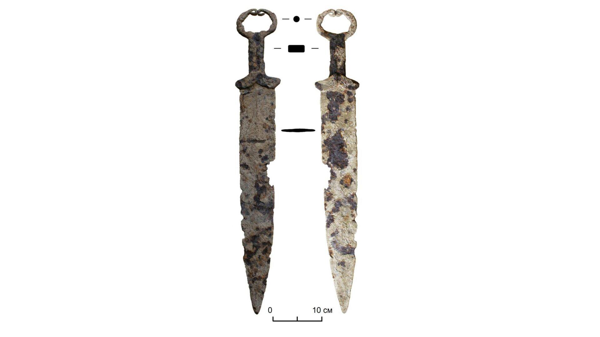 В Сибири скифский меч сдали в пункт приема металлолома