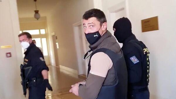 Александр Франчетти в суде в Праге. Кадр видео