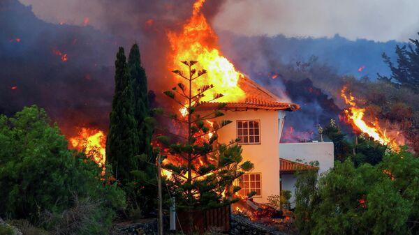 Последствия извержения вулкана на канарском острове Ла-Пальма