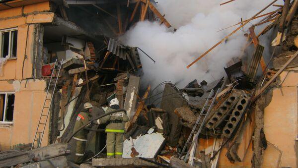 На месте взрыва бытового газа в жилом доме в Омской области
