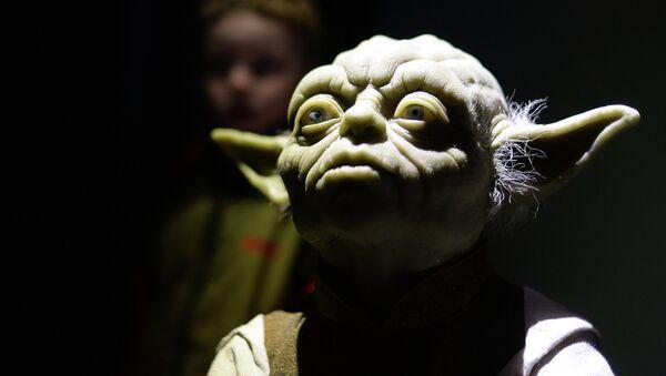Персонаж фильма Звездные войны Йода. Архивное фото