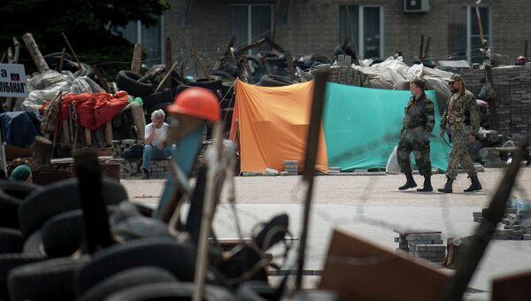 Баррикады в Донецке. Архивное фото