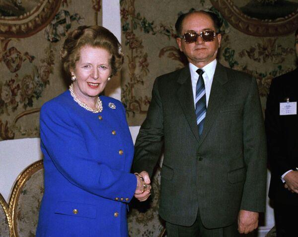 Президент Польши Войцех Ярузельский во время встречи с премьер-министром Великобритании Маргарет Тэтчер