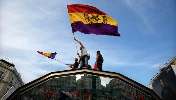 Демонстрация с требованием провести референдум о будущем монархии в Испании