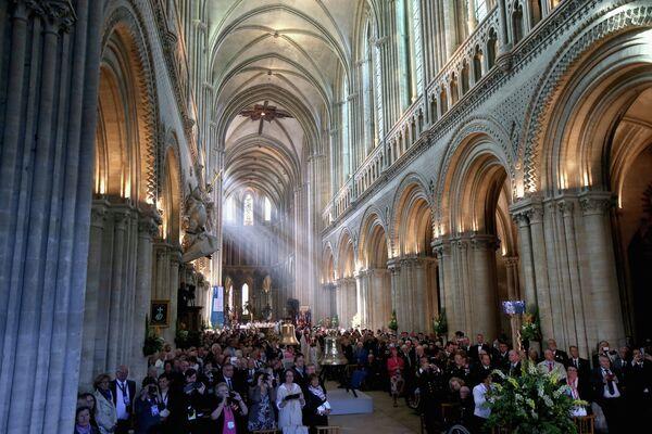 Служба в соборе в Байё по случаю 70-летия высадки союзников в Нормандии