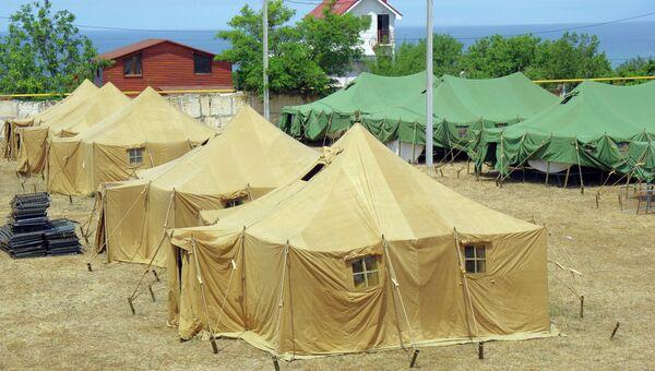 Лагерь для беженцев с юго-востока Украины в Севастополе. Архивное фото