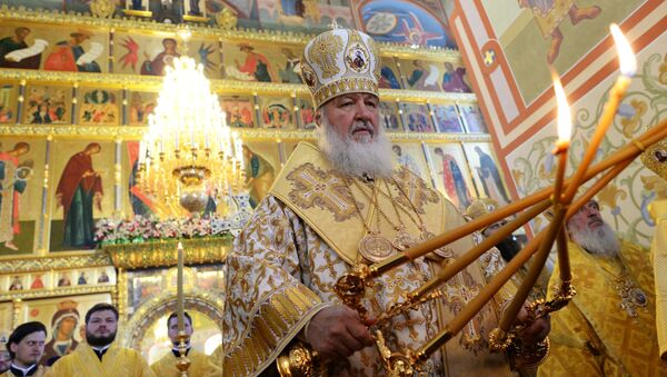 Патриарх совершает Божественную литургию в Софийско-Успенском соборе Тобольского Кремля