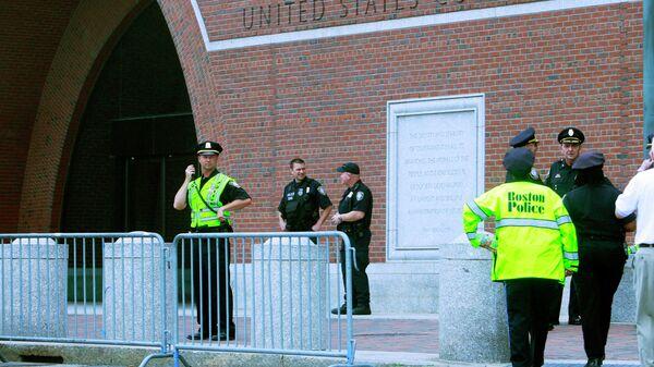У здания суда в Бостоне, где проходят слушания по делу Джохара Царнаева
