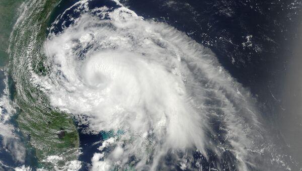 Тропический шторм Артур на снимке из космоса