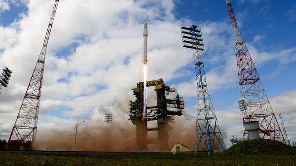Пуск ракеты Ангара на космодроме Плесецк