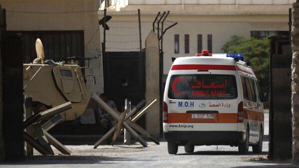 Автомобиль скорой помощи на КПП Рафах. Архивное фото
