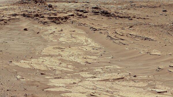 Снимок поверхности Марса. Архивное фото