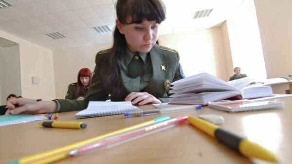 Девушки-курсанты Военной академии РВСН. Архивное фото