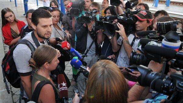 Задержанные на Украине российские журналисты вернулись в Крым