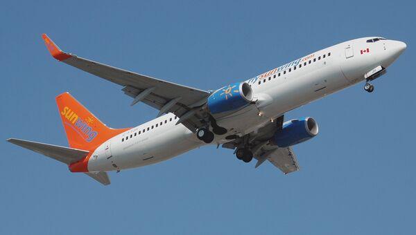 Самолет авиакомпании Sunwing Airlines. Архивное фото