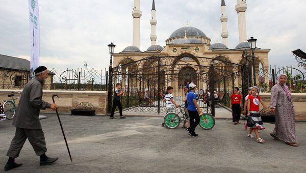 Мечеть имени Султана Делимханова в селе Джалка Гудермесского района Чечни