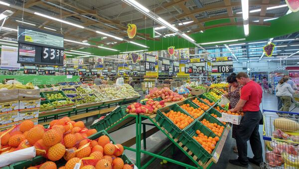 Работа супермаркета. Архивное фото.