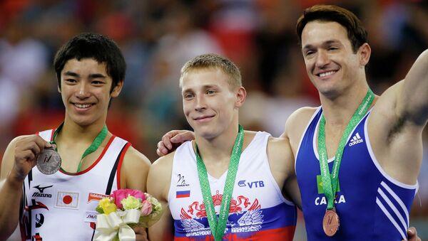 Денис Аблязин завоевал золото ЧМ по гимнастике в вольных упражнениях