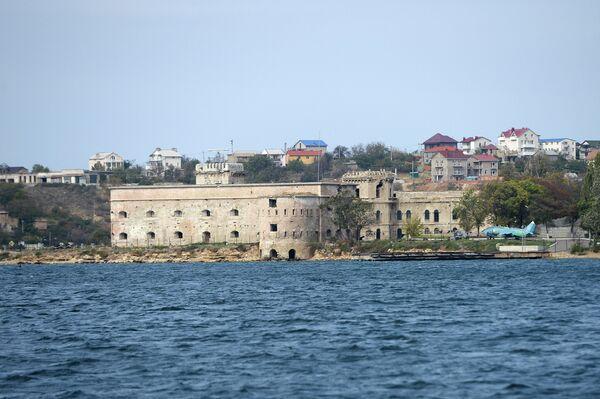 Михайловская береговая батарея в Севастопольской бухте