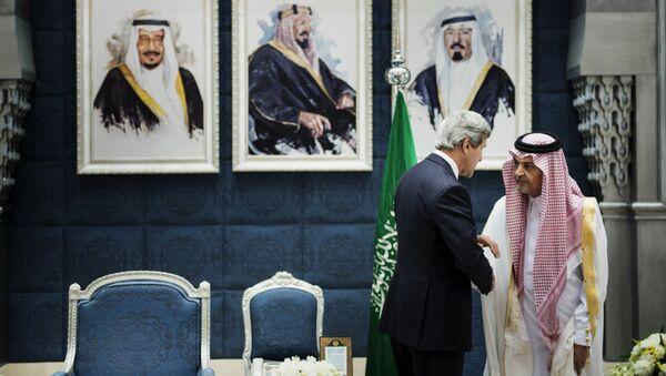 Госсекретарь США Джон Керри и министр иностранных дел Саудовской Аравии Сауд аль-Фейсал