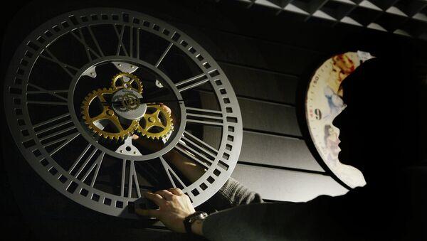 Перевод часов на зимнее время в регионах России