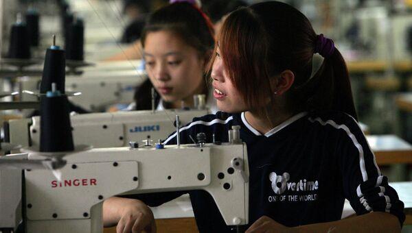 Текстильная фабрика на окраине Пекина, Китай. Архивное фото