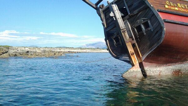 Ладья Святой Петр терпит бедствие в Ионическом море