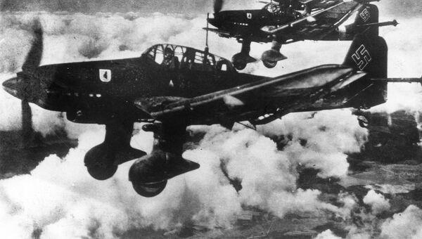 Бомбардировщики Ю-87. 1942 год