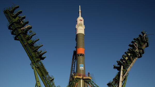 Вывоз космического корабля Союз ТМА-15М на старт, архивное фото