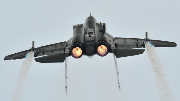 Пилотаж МиГ-35. Архивное фото