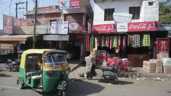 Одна из улиц индийского города Агра. Архивное фото