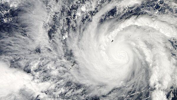 Тайфун Хагупит вид из космоса, 4.12.2014