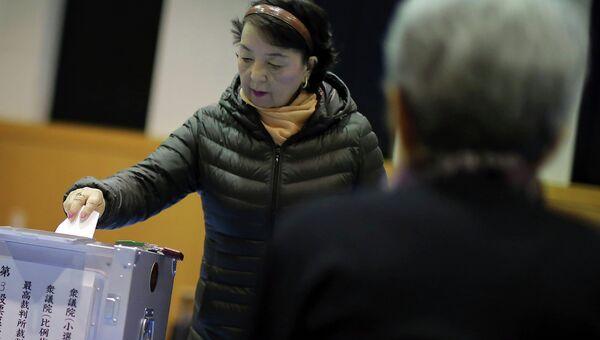 Голосование на выборах в нижнюю палату парламента Японии