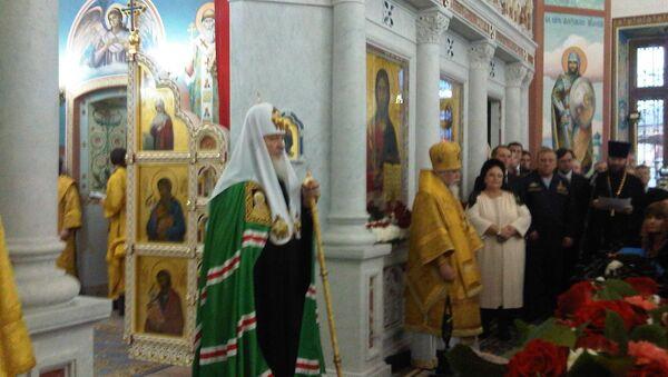 Патриарх Московский и всея Руси Кирилл освещает храм при штабе ВДВ