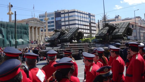 Парад в Греции 25 марта 2014 года