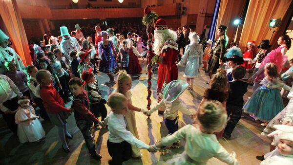 Новогодний спектакль для детей. Архивное фото