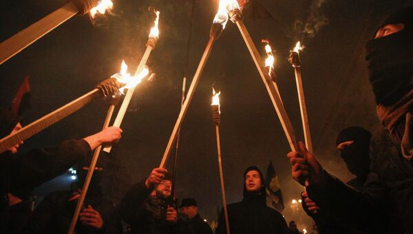 Факельное шествие в честь 106-й годовщины со дня рождения лидера Организации украинских националистов Степана Бандеры в Киеве