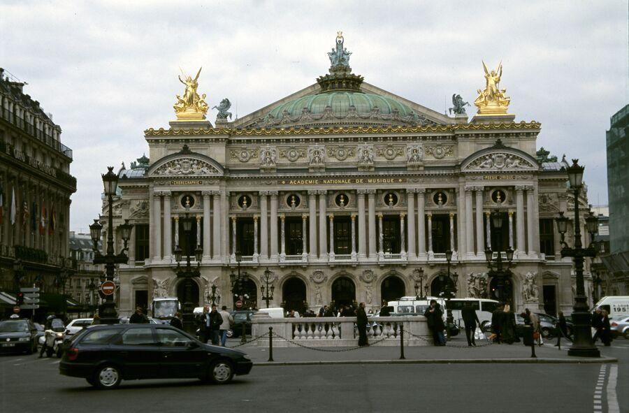 Здание парижской Гранд-опера. Архивное фото