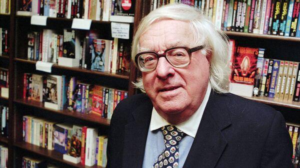 Американский писатель-фантаст Рэй Брэдбери