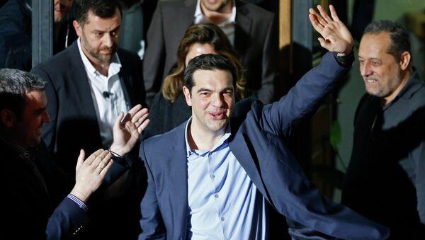Глава леворадикальный партии Алексис Ципрас после победы на выборах в Афинах