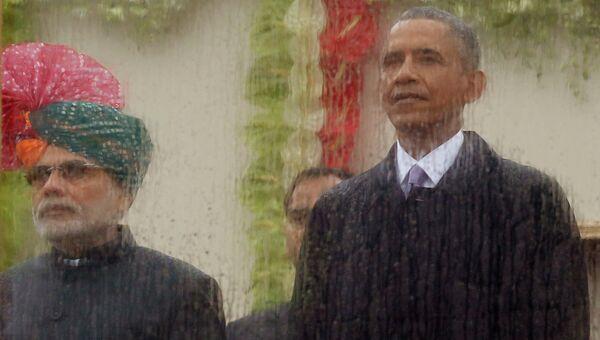 Премьер-министр Индии Нарендра Моди и президент США Барак Обама на параде в честь празднования Дня Республики в Индии