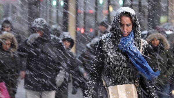 Снегопад в Нью-Йорке, США
