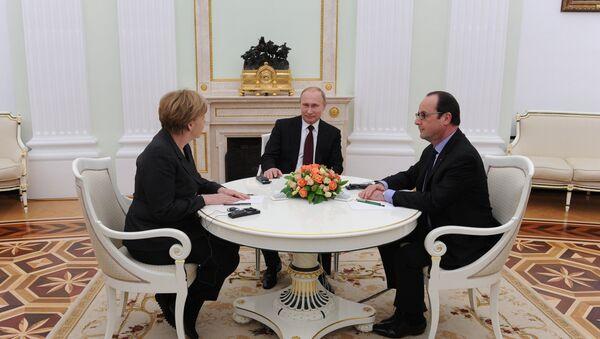 Президент России Владимир Путин провел рабочую встречу с канцлером ФРГ Ангелой Меркель и президентом Франции Франсуа Олландом. Архивное фото