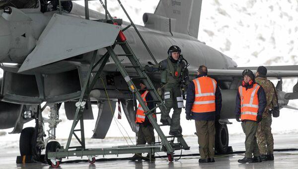 Истребители НАТО готовятся к вылету на перехват Ил-20 ВВС РФ, 9 февраля 2015